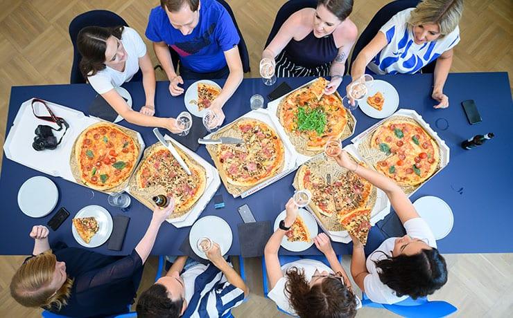 djw-news-pizza