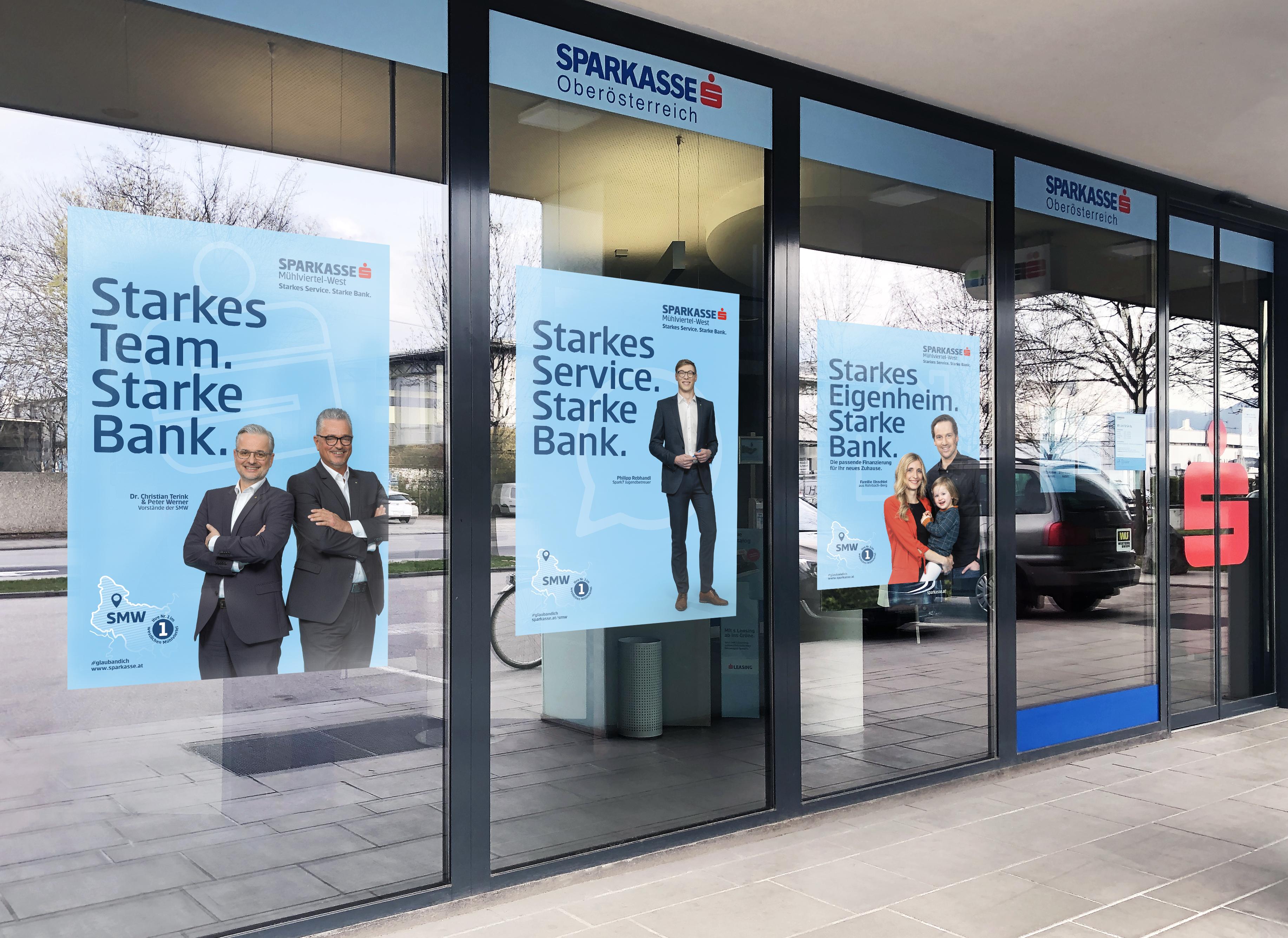 Sparkasse_Schaufenster_Plakate